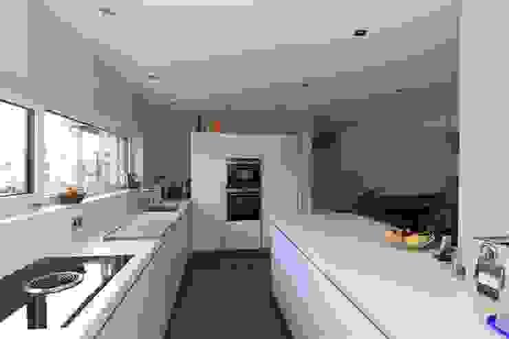 Modern kitchen by Architekturbüro Ketterer Modern