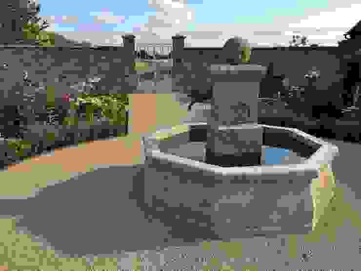 Natural Stone French Fountain: mediterranean  by BARTON FIELDS LANDSCAPING SUPPLIES, Mediterranean Limestone