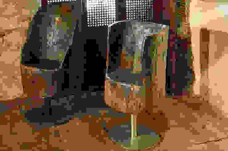 Poltrone in legno basi in acciaio e ferro di ZÀEL Di Elisabetta Zanin Asiatico Legno Effetto legno