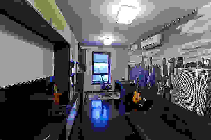Scandinavian style bedroom by Designer Olga Aysina Scandinavian