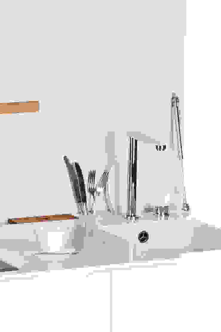 Charlotte Raynaud Studio KücheArbeitsplatten Weiß