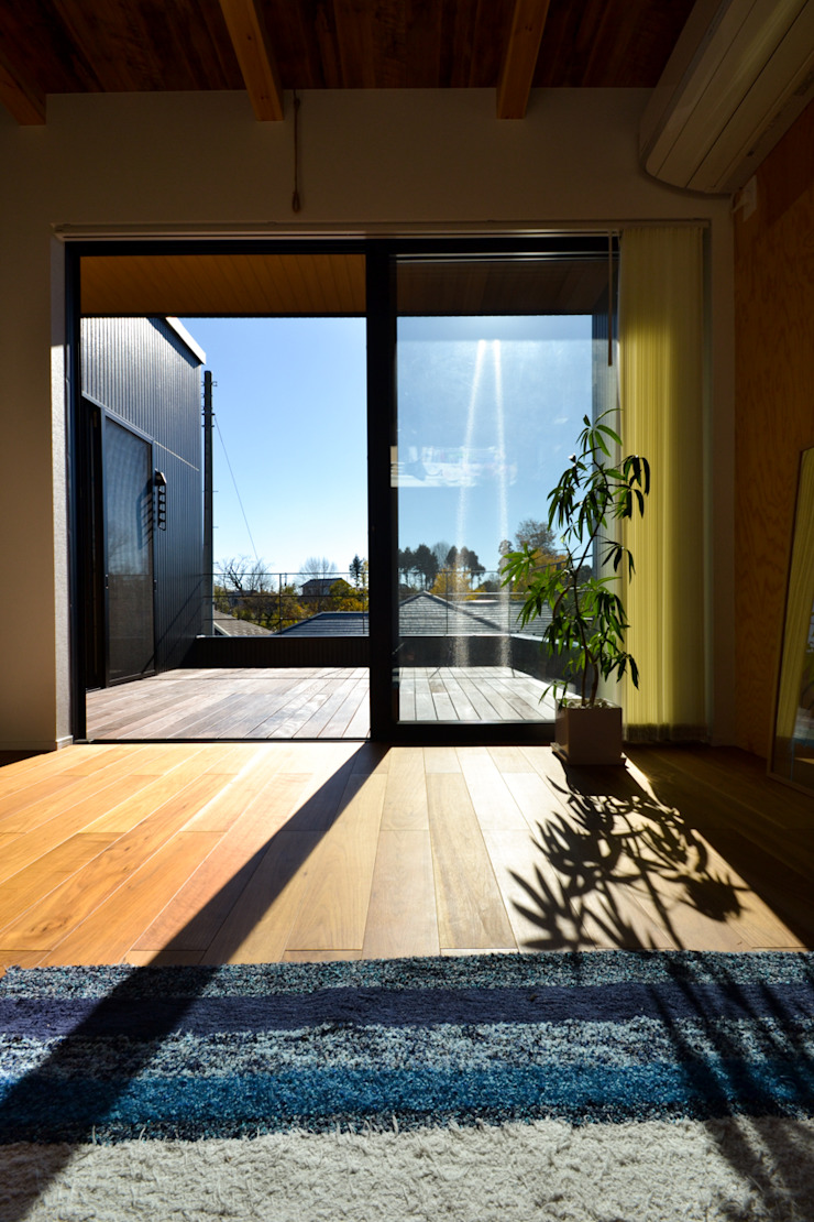 loop house オリジナルデザインの リビング の 株式会社スタジオ・チッタ Studio Citta オリジナル