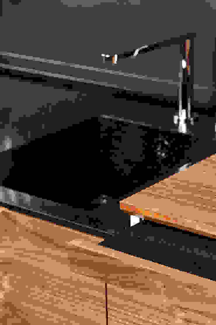 Charlotte Raynaud Studio KitchenBench tops Black