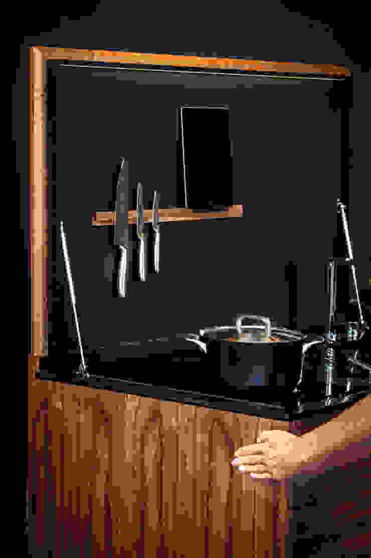 Charlotte Raynaud Studio KücheBeleuchtung Holz