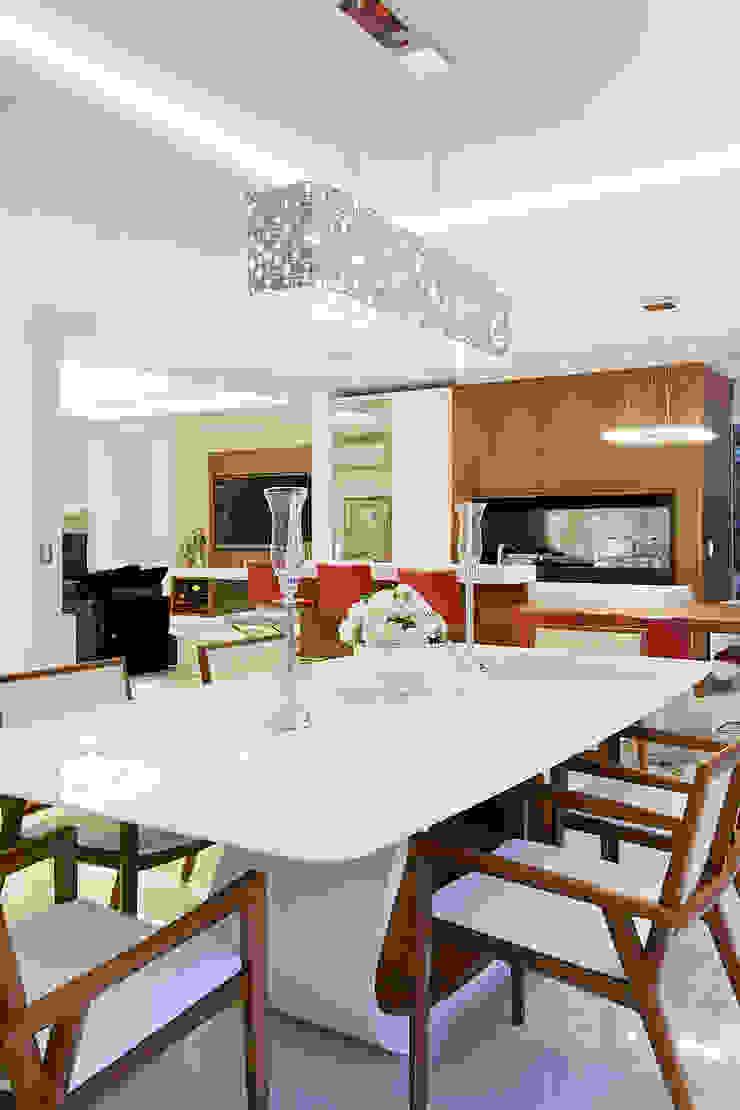 Casa B+E Salas de jantar ecléticas por ANDRÉ PACHECO ARQUITETURA Eclético