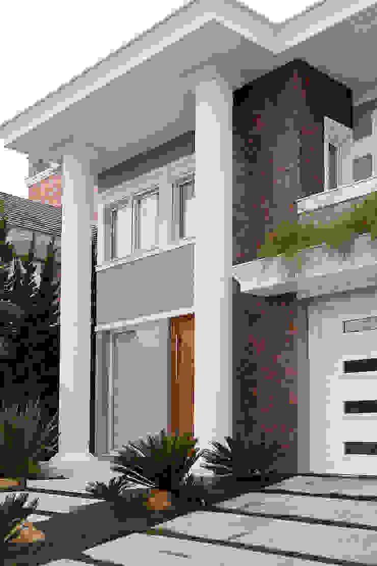 Casa B+E Casas ecléticas por ANDRÉ PACHECO ARQUITETURA Eclético