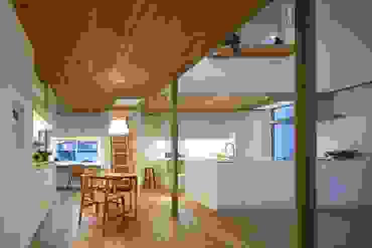 等々力の家 北欧デザインの ダイニング の アトリエ スピノザ 北欧