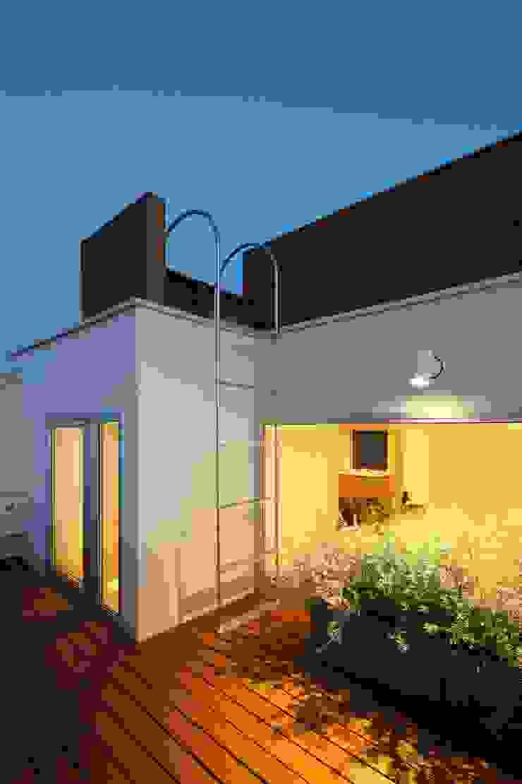 等々力の家 北欧デザインの テラス の アトリエ スピノザ 北欧