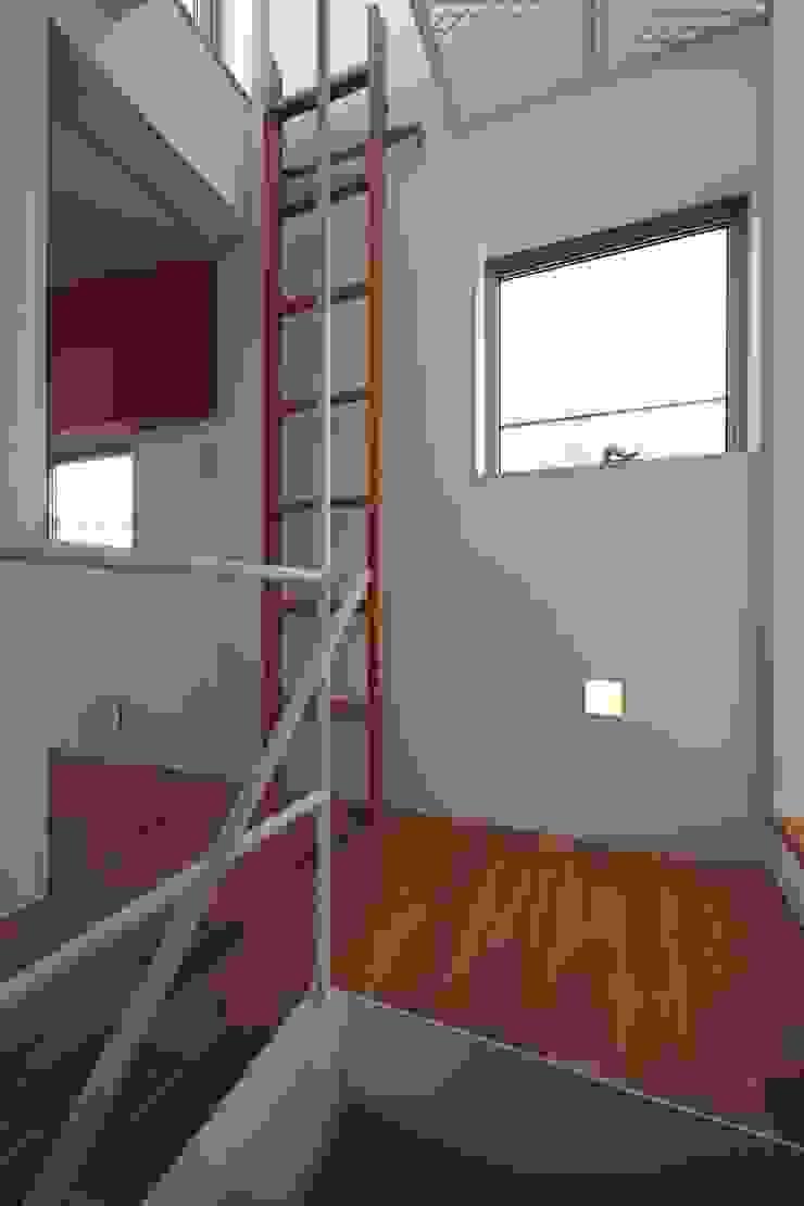 アトリエ スピノザ Koridor & Tangga Modern