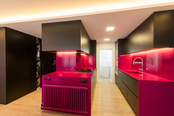 homify Modern kitchen Pink