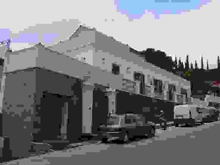 Ing. Edoardo Contrafatto Classic style houses