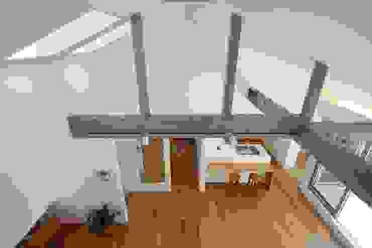 Projekty,  Salon zaprojektowane przez アトリエ スピノザ, Skandynawski