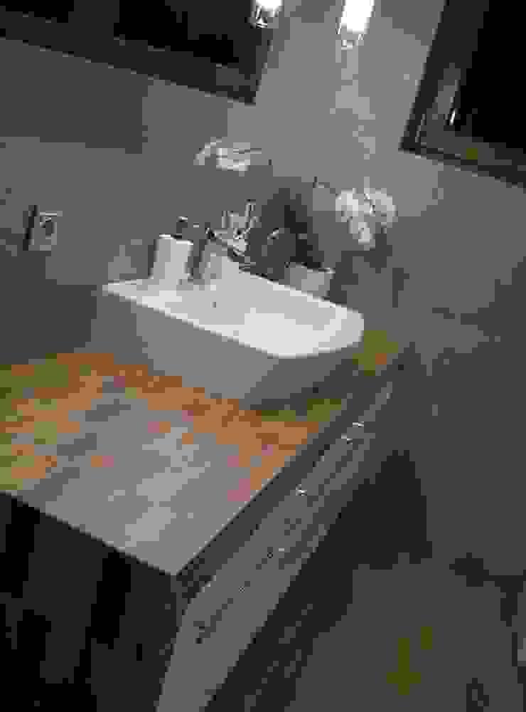 Modern style bathrooms by Pracownia Projektowa ARCHIPELAG Modern