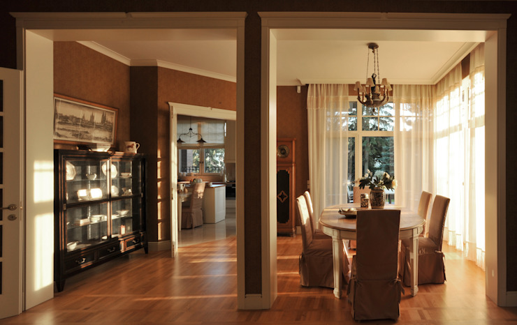 House in Darmstadt by Petr Kozeykin Designs LLC, 'PS Pierreswatch' Класичний