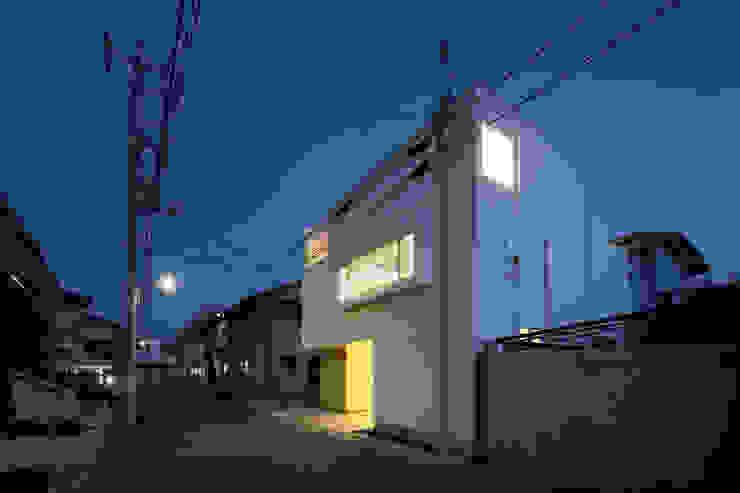 Casas de estilo  de アトリエ スピノザ, Minimalista