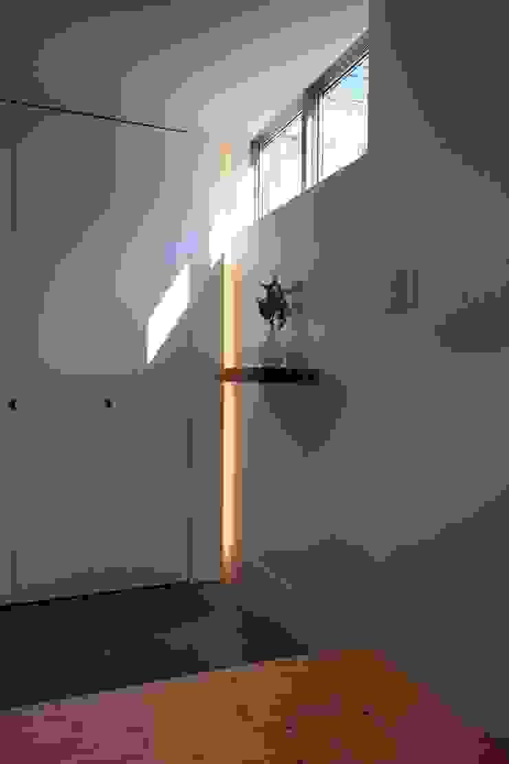池上の家 ミニマルスタイルの 玄関&廊下&階段 の アトリエ スピノザ ミニマル
