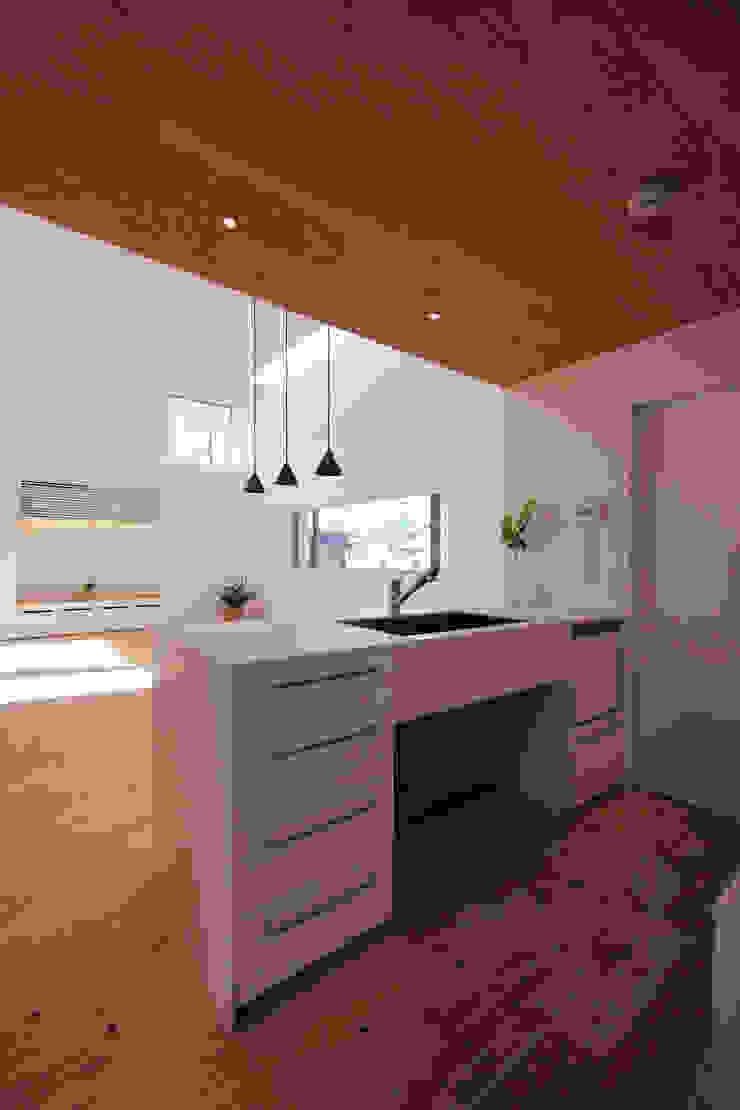 池上の家 モダンな キッチン の アトリエ スピノザ モダン