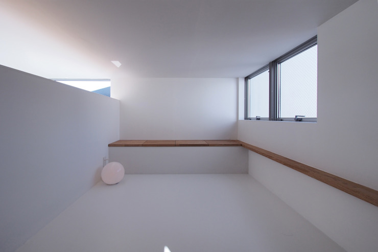 池上の家 モダンデザインの 子供部屋 の アトリエ スピノザ モダン