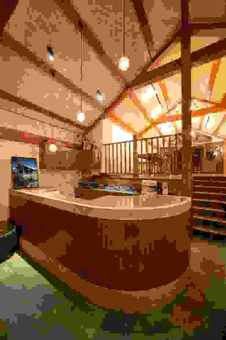 NA cottage | SANKAIDO ラスティックな商業空間 の SANKAIDO | 株式会社 参會堂 ラスティック