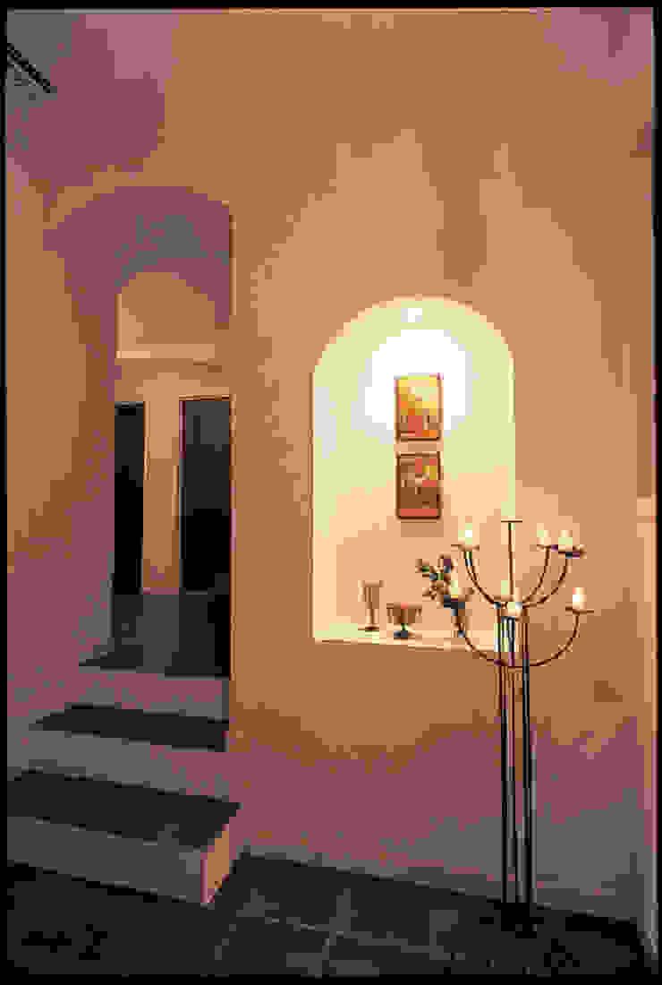 YA house | SANKAIDO 地中海スタイル 玄関&廊下&階段 の SANKAIDO | 株式会社 参會堂 地中海