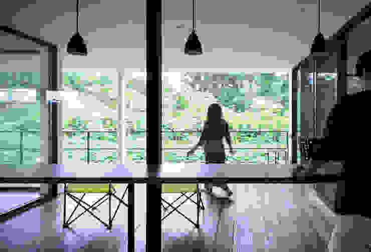 Modern balcony, veranda & terrace by 一級建築士事務所 株式会社KADeL Modern
