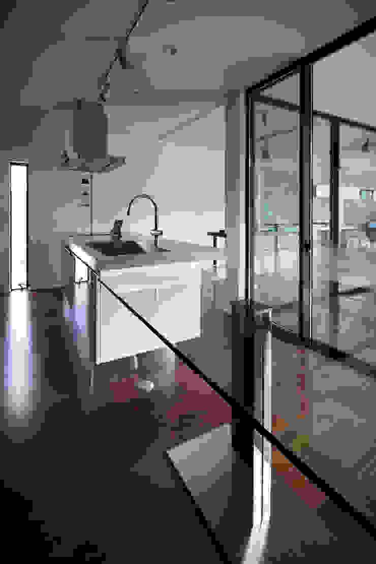 Modern kitchen by 一級建築士事務所 株式会社KADeL Modern