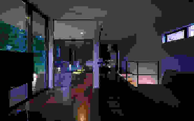 Modern living room by 一級建築士事務所 株式会社KADeL Modern