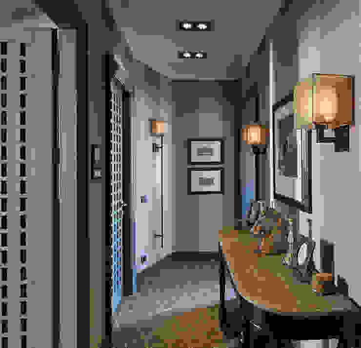 Corredores, halls e escadas clássicos por Petr Kozeykin Designs LLC, 'PS Pierreswatch' Clássico