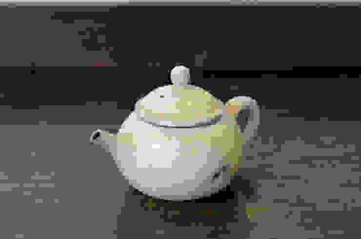 灰粉引茶壺: 八木 信樹が手掛けたアジア人です。,和風 陶器