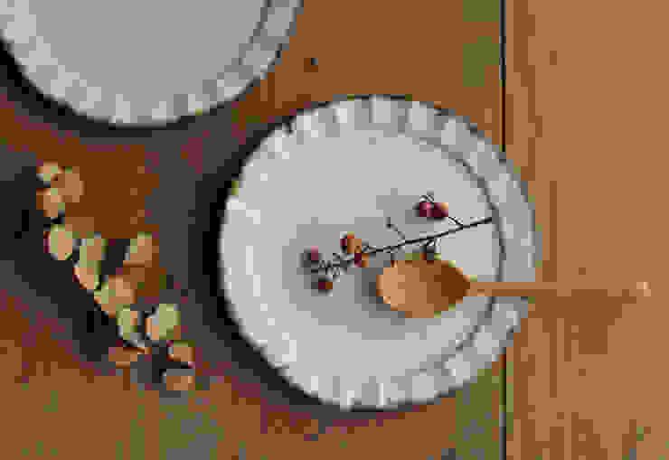 カフェ シリーズ プレート皿: 陶器 あ⇔んが手掛けた折衷的なです。,オリジナル 陶器