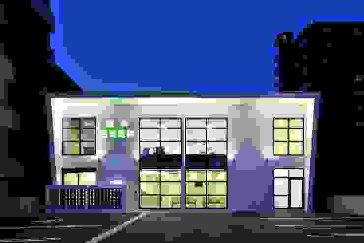 眼科西坂医院 モダンな病院 の 一級建築士事務所 アトリエTARO モダン