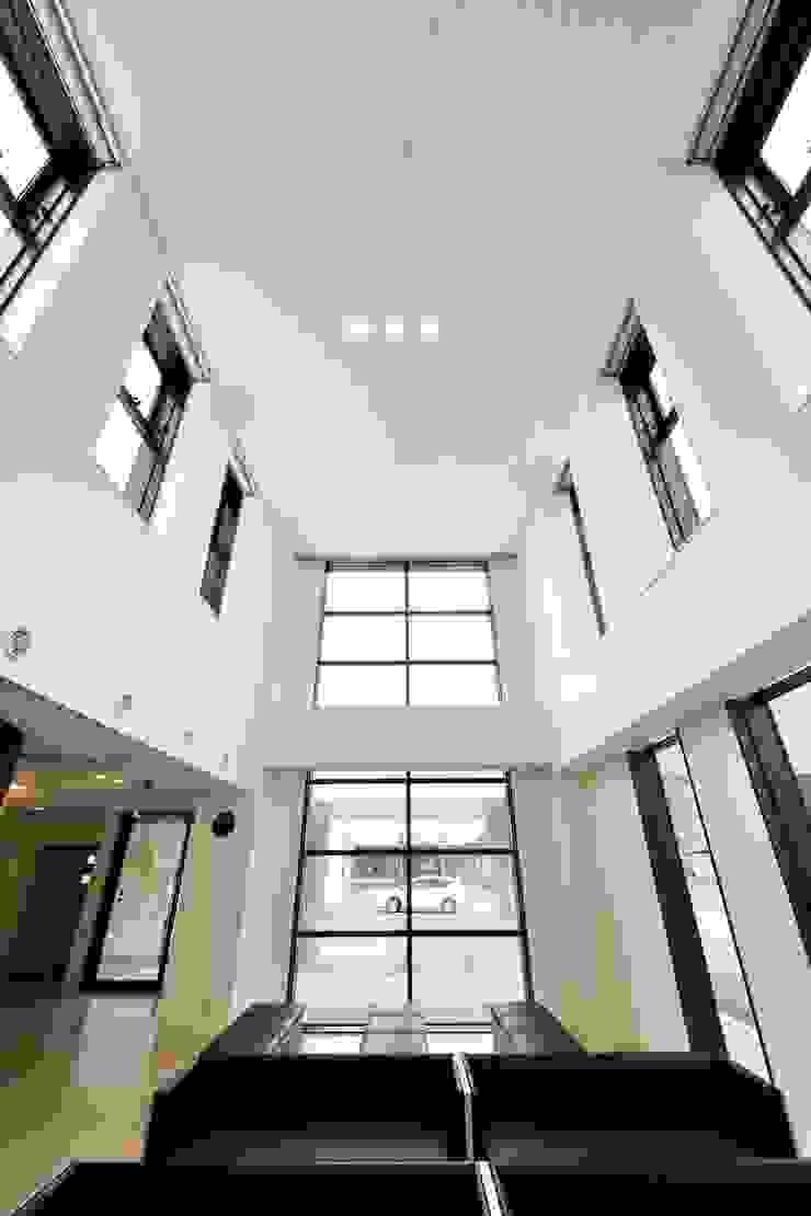 はやかわクリニック モダンな病院 の 一級建築士事務所 アトリエTARO モダン