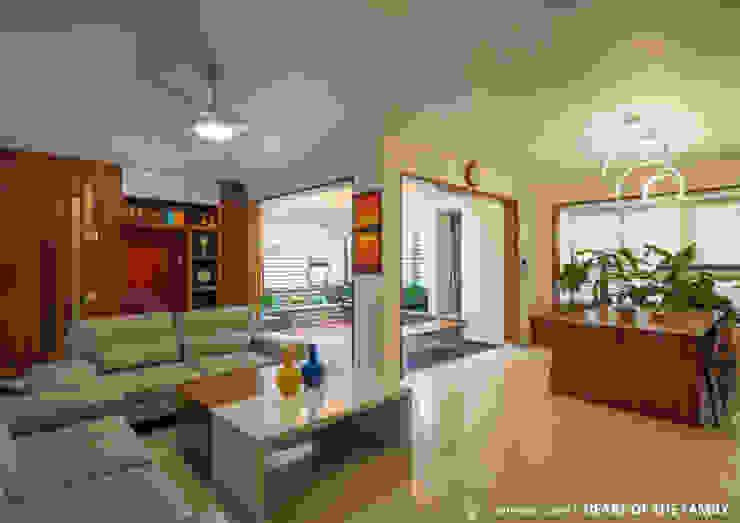 Salas / recibidores de estilo  por 4site architects, Asiático Mármol