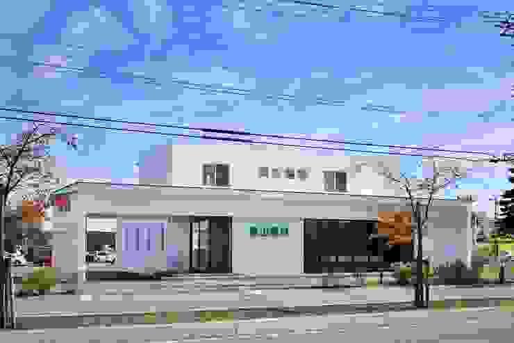 亀山眼科 モダンな病院 の 一級建築士事務所 アトリエTARO モダン
