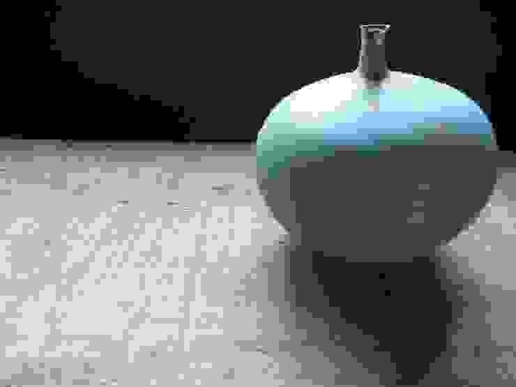 vase: kumiko tokuyama(Atelier mona+k)が手掛けたスカンジナビアです。,北欧
