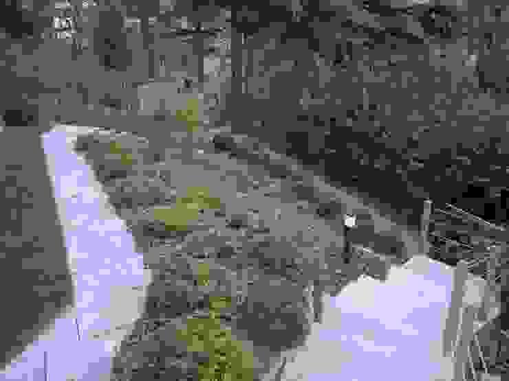 Taman Modern Oleh I Giardini di Anna Modern