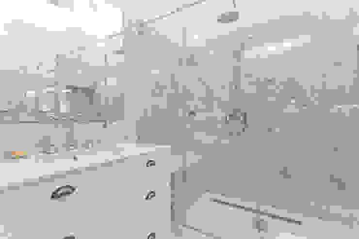 Baños de estilo clásico de UNQO Clásico