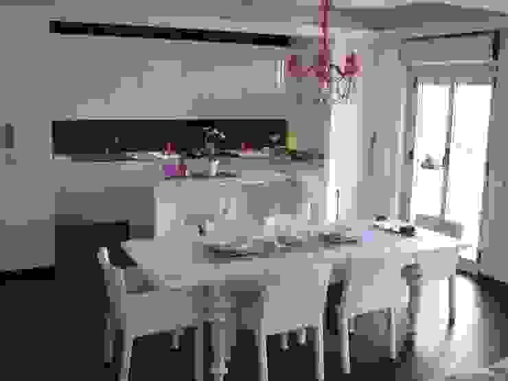 Modern living room by Giuseppe Rappa & Angelo M. Castiglione Modern Wood Wood effect
