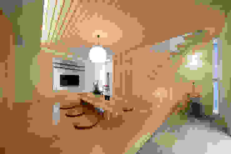 凛椛Classic モダンデザインの リビング の 一級建築士事務所 株式会社KADeL モダン