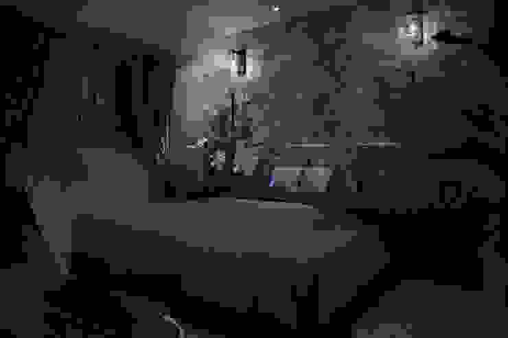 ベッド周りのしつらえ オリジナルスタイルの 寝室 の 澤山乃莉子 DESIGN & ASSOCIATES LTD. オリジナル