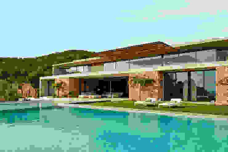Moderne zwembaden van homify Modern