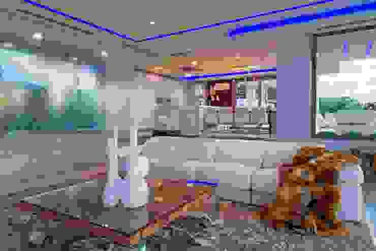 Casa Particular_Publicación magazine Salones de estilo moderno de Tarraula S.L. Moderno