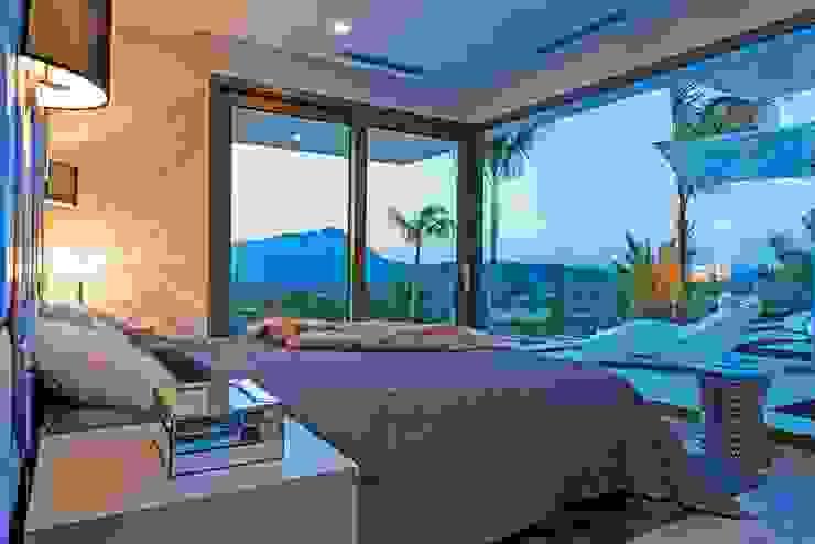 Casa Particular_Publicación magazine Dormitorios de estilo moderno de Tarraula S.L. Moderno