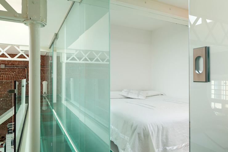 Progetto Camera da letto moderna di studio mamo Moderno