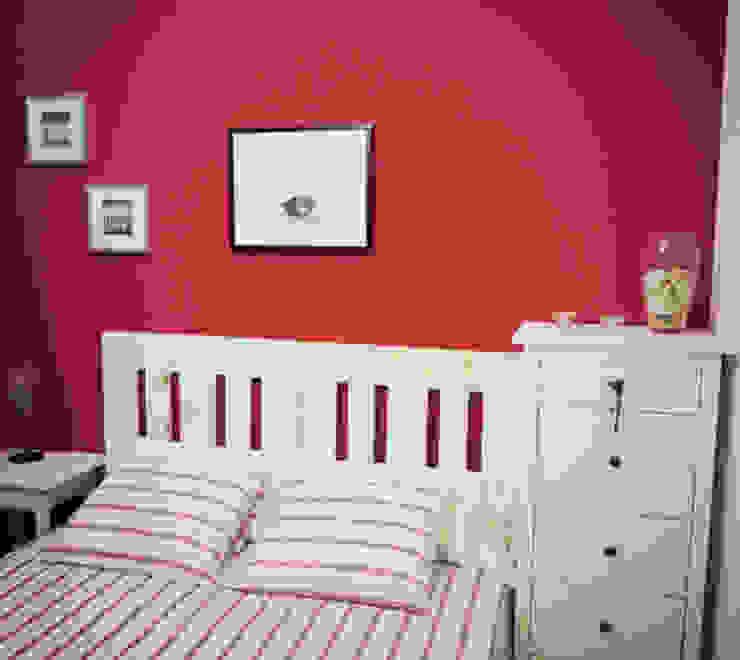 de estilo  por Mind Made - Muebles hechos con Palets, Moderno Madera Acabado en madera