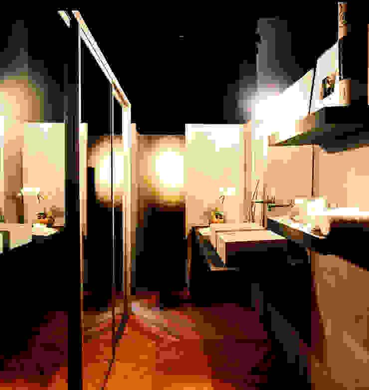 PROJETO ARQ. ELAINE BETTIO Banheiros modernos por BRAESCHER FOTOGRAFIA Moderno