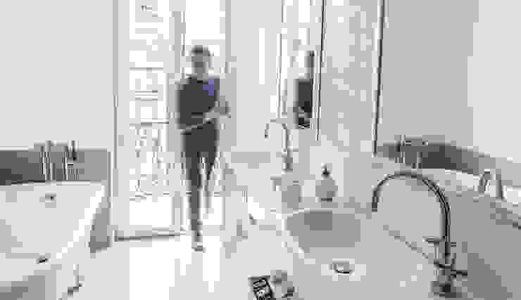 UNO8A Modern bathroom
