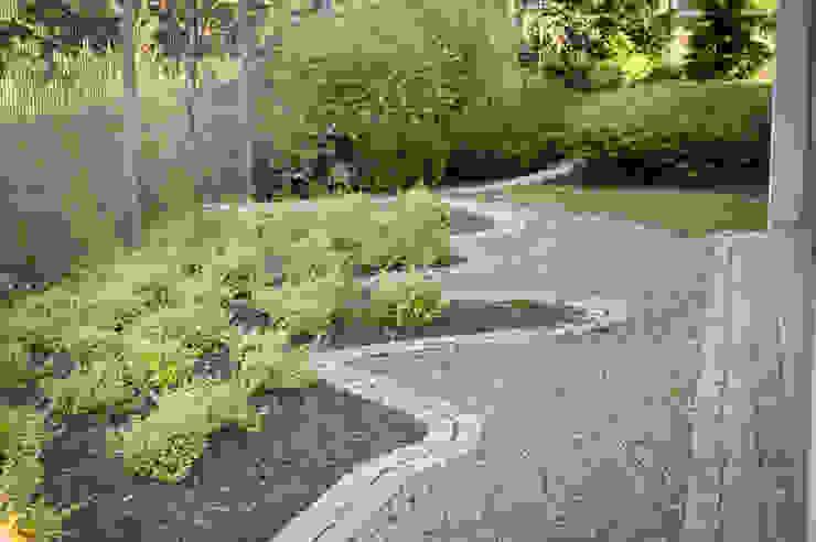 Ogród: styl , w kategorii Ogród zaprojektowany przez Pracownia Projektowa Architektury Krajobrazu Januszówka,Nowoczesny