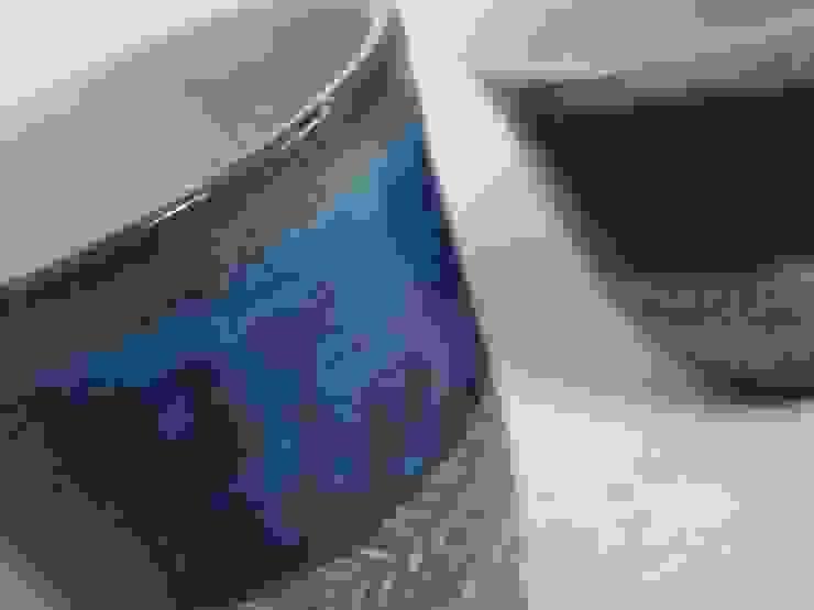 紺青釉カップ: 中ムラ ミホが手掛けた折衷的なです。,オリジナル 陶器