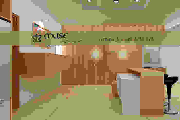 Nhà bếp phong cách hiện đại bởi Muse Interiors Hiện đại